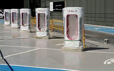 Tesla pone en marcha su Supercharger de Murcia
